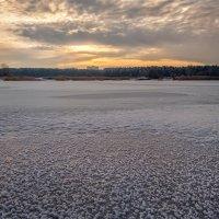 Замерзшая река :: Лидия Цапко