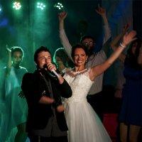 А это свадьба, свадьба пела... :: Владимир Маслов