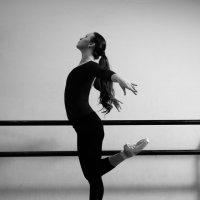 Танец-это жизнь :: Елена Нор