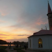Зацепился закат за дворцовые шпили... :: Регина Пупач