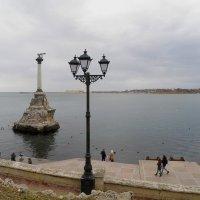 Памятник затопленным кораблям :: Александр Рыжов