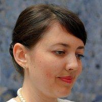 Русско-говорящая девушка на ресепшион :: Асылбек Айманов