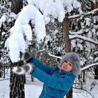 Прогулка по зимнему лесу. :: Михаил Столяров