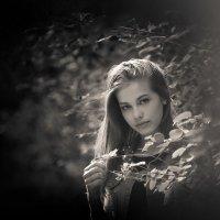 Она ждет... :: Сергей Бутусов