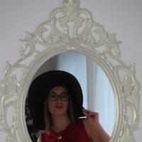 Свет мой, зеркальце! Скажи... :: Оксана Кошелева
