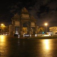 Мадрид вечером :: Александр Бритшев