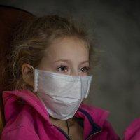 Вирус воздух заряжает и легко всех заражает... :: Ирина Данилова
