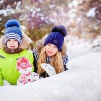 Дети в снегу :: Алла Мещерякова