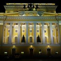 Со Старым Новым годом Друзья!Счастья,здоровья,исполнения всех желаний! :: Sergey Gordoff
