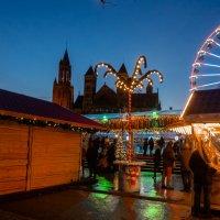 Маастрихт, рождественский вечер, Голландия :: Witalij Loewin