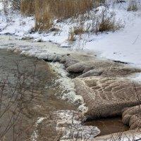 Украшает берега на морозе Ладога... :: Валентина Харламова