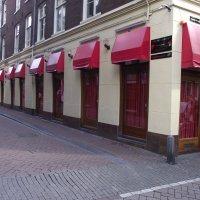 Амстердам. Улица красных фонврей. :: шубнякова