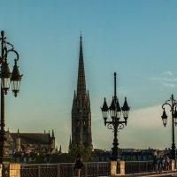 Бордо. Мост Петра и колокольня базилики Сен-Мишель. :: Надежда Лаптева