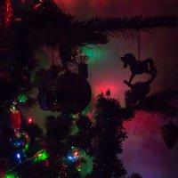 вечер, дома Новый год... :: Наталья Литвинчук