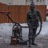 Памятник пожарным :: Сергей Цветков
