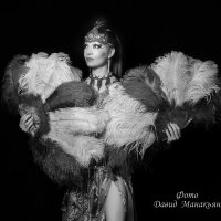 """Танец с перьями"" :: Давид Манакьян"