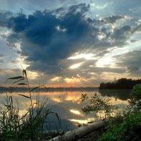 рассвет на Днепре :: Татьяна Найдёнова