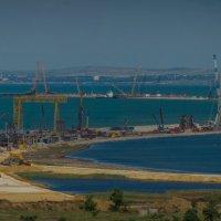 Керченский мост растет :: Андрей