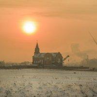 Холодные зимние закаты :: юрий Амосов
