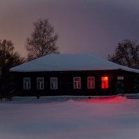 Сельская библиотека под охраной! :: Валерий Гудков