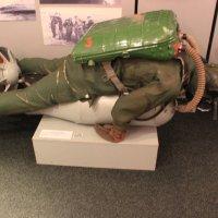 Подводный диверсант при исполнении служебных обязанностей :: Марина Домосилецкая