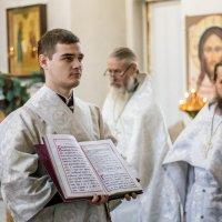Служба в храме :: Анна Вязникова