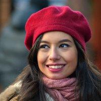 Красная шапочка :: Юрий Гординский