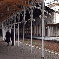 Вокзал в Новом Петергофе :: Ирина Румянцева