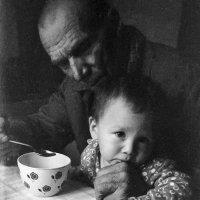 Дед и внук :: Алексей Окунеев
