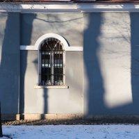 Игра теней... :: Андрей Илларионов