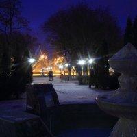 Поцелуй на ночной улице :: Юрий Гайворонский
