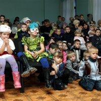Маленькие зрители :: Валерий Чепкасов