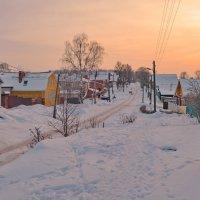 По зимним окраинам старого города... :: Вадим Телегин