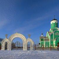 Большая Липовица. Церковь Троицы Живоначальной. :: Валерий Горбунов