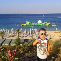 Пляж - совсем рядом. :: Оля Богданович
