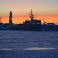 Корабли на закате :: Наталья Левина
