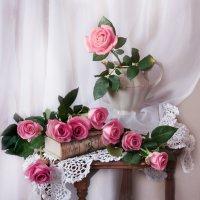 А розы нежностью дышали... :: Валентина Колова