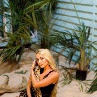 Вот такие съёмки мы проводим с моим питоном (Тигриком) :: Ксения Кушнарёва