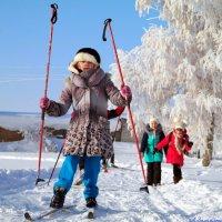 Очень нелегки на лыжах первые шаги! :: Андрей Заломленков