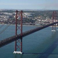 Португалия, вид на Лиссабон и Мост 25 апреля :: Svetlana (Lucia) ***