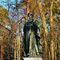 Скульптура Аполлон Мусагет... :: Sergey Gordoff