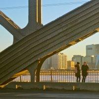 Двое на мосту :: Елена