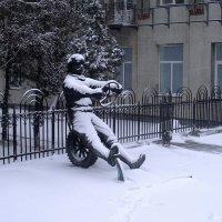 Городские пейзажи :: Alexander Varykhanov