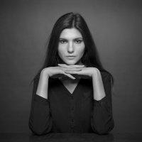 Портрет в серых тонах :: Алекс Римский