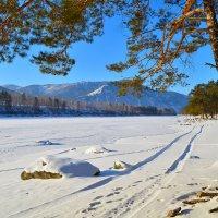 Укрытая льдом и снегом. :: Валерий Медведев