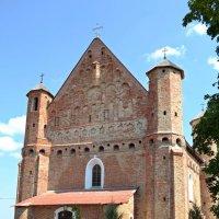 Церковь-крепость в Сынковичах :: Ольга