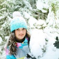 Зимний и снежный лес очаровывает :: Екатерина Гриб