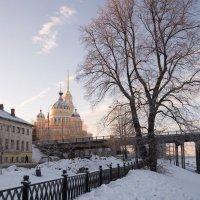 Закат в Рыбинске :: Олег Пученков