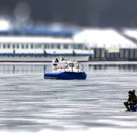 На льду :: Александр