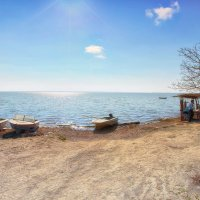 Весенний день на берегу лимана.... :: Вахтанг Хантадзе